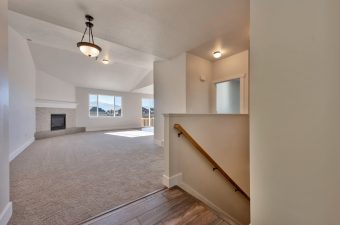 Entryway in the Monterey floor plan built by McArthur Homes