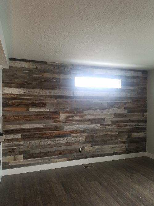 I Chose Not To Sand Or Seal The Barn Wood Didn T Want Change Color Texture Of It Looks Amazing And Colors Look Great