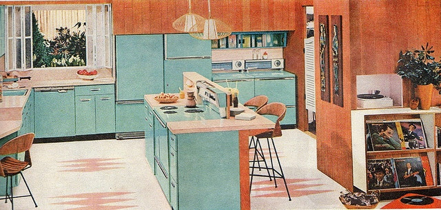 1950s kitchen with blue cabinets